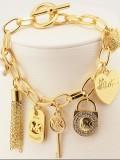 Fashion Brand Peach Heart Diamond Lock Lock Tassel Classic Bracelet