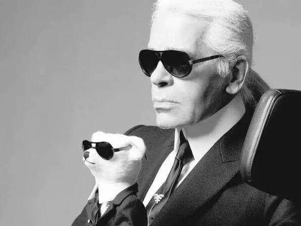Karl Lagerfeld and dog